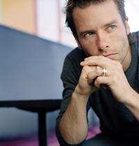 "Guy Pearce ""Storm"""